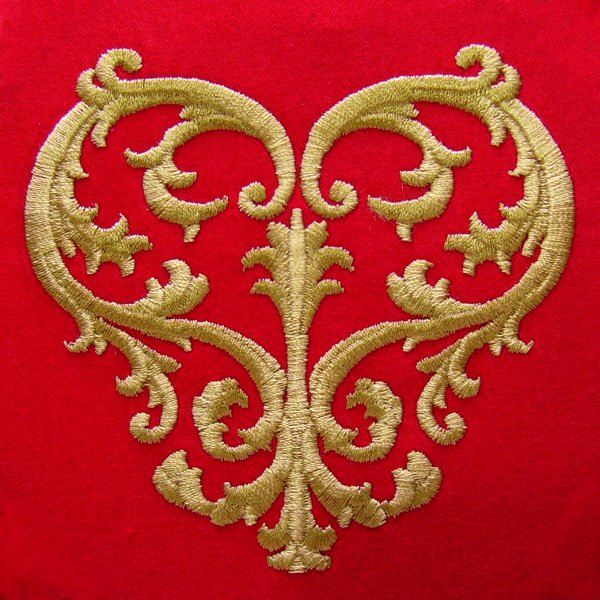 Acanthus heart embroidery design the only stitch